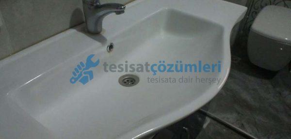 Lavabodan kaynaklanan banyo kokusu